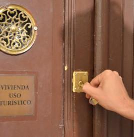 ¿Qué opinan los partidos sobre las viviendas turísticas y el plan de Ahora Madrid?